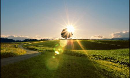 Gambar-pemandangan-matahari-terbit-indah-450x301